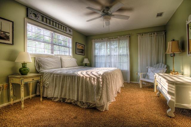 Pięć podpowiedzi jak zorganizować na nowo swoją szafę