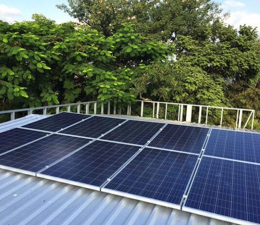 Dlaczego przedsiębiorstwa powinny rozważyć instalację paneli fotowoltaicznych